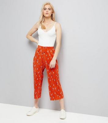 Red Floral Print Pleated Culottes