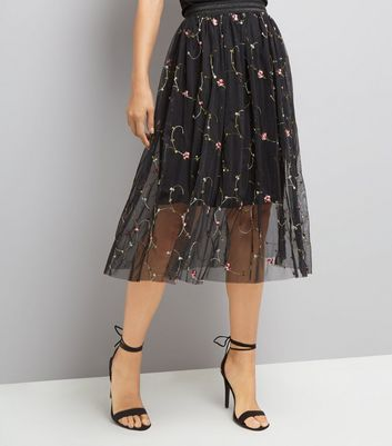 Black Floral Embroidered Tulle Midi Skirt