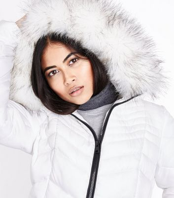 Petite White Faux Fur Hooded Chevron Puffer Jacket