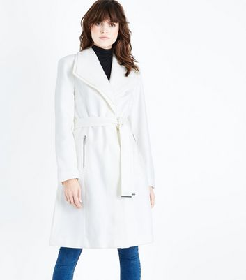 Cream Layered Collar Belted Coat