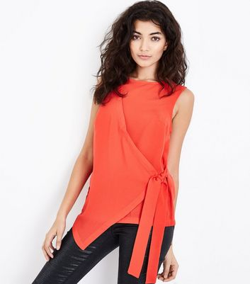 Tall Red Wrap Tie Side Top