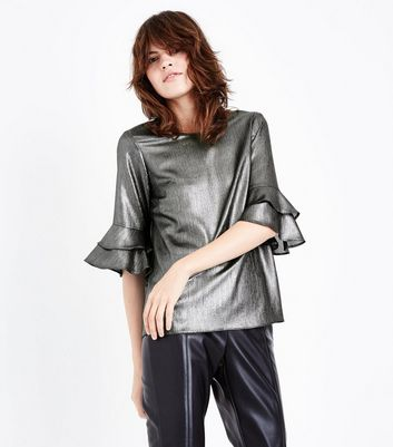 Silve Metallic Frill Sleeve Top