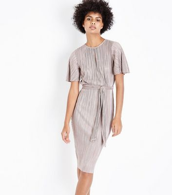 Shell Pink Metallic Pleated Keyhole Front Midi Dress