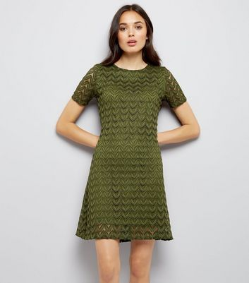 Mela Green Leaf Lace Shift Dress