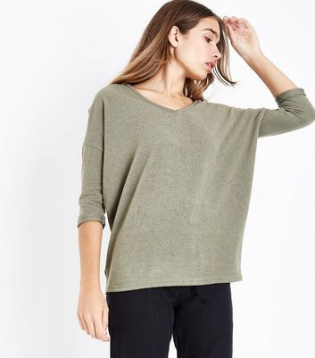 Olve Green V Neck Fine Knit Top