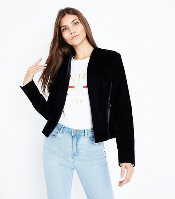 Black Velvet Cropped Blazer