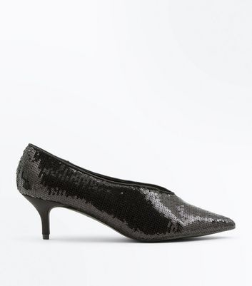 Wide Fit Black Sequin V Front Court Shoes