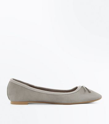 Grey Bow Front Ballet Pumps