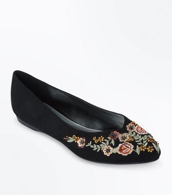 Wide Fit Black Suedette Floral Embroidered Pointed Pumps