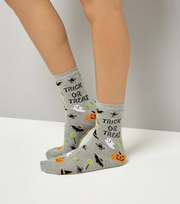 Grey Trick Or Treat Slogan Socks