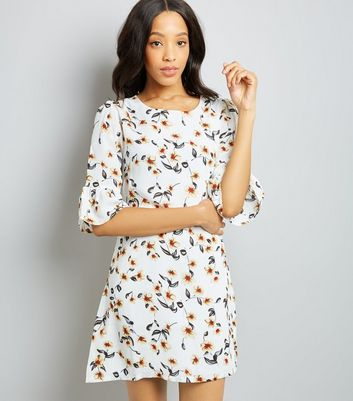 Cream Floral Print Frill Sleeve Shift Dress
