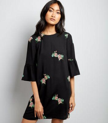 Black Floral Embroidered Bell Sleeve Tunic
