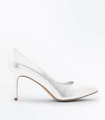 Silver Metallic Pointed Court Shoes