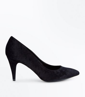 Black Crushed Velvet Pointed Court Shoes