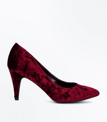 Burgundy Crushed Velvet Pointed Court Shoes