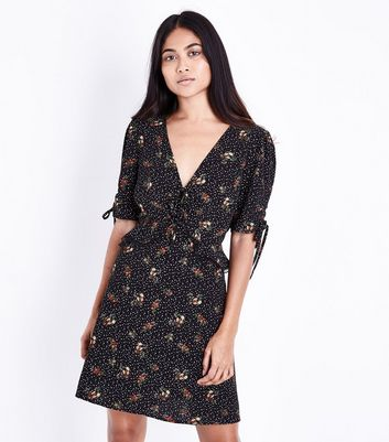 Petite Black Floral Star Print Dress
