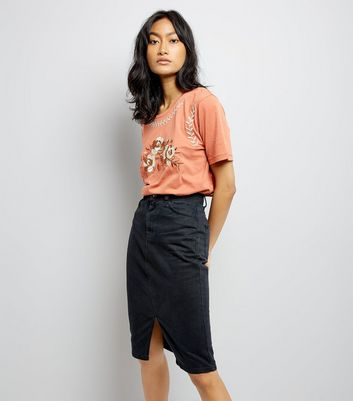 Rust Floral Embroidered T-Shirt