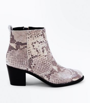 Black Leather Faux Snakeskin Western Boots