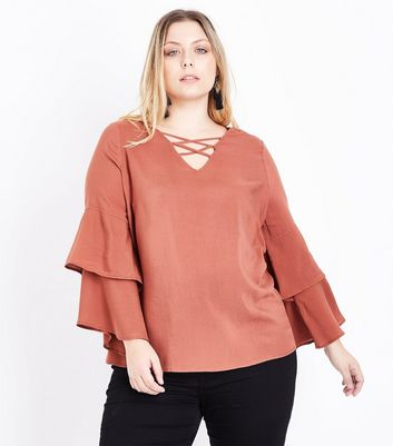 Curves Rust Lattice Front Tiered Sleeve Top