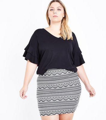 Curves Black Aztec Jacquard Tube Skirt