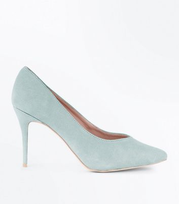 Mint Green Sweetheart Pointed Court Shoes