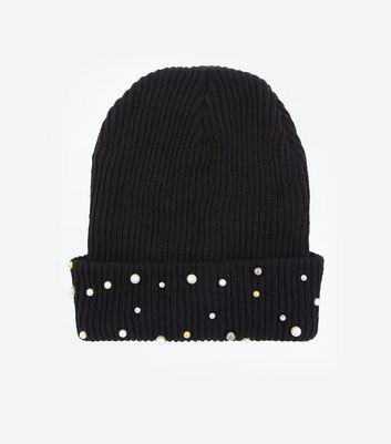 Black Ribbed Knit Pearl Bead Beanie