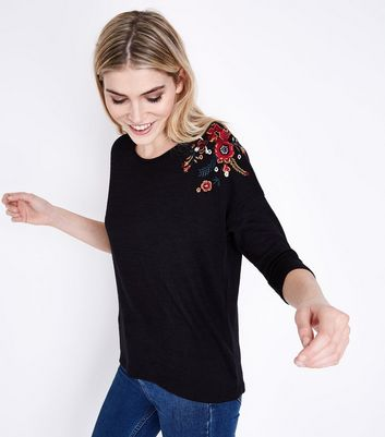 Black Embroidered 3/4 Sleeve Fine Knit Top