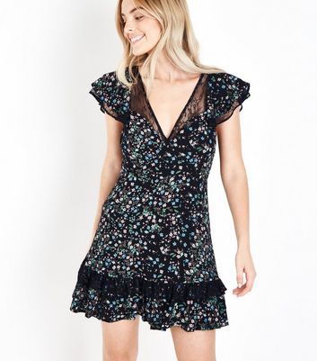 Petite Black Floral Lace Trim Tea Dress