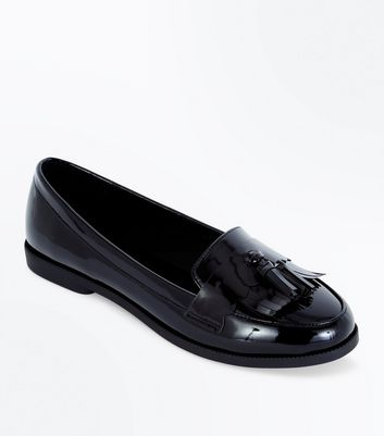 Black Patent Scallop Tassel Front Loafers