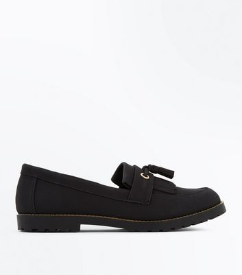 Black Chunky Cleated Sole Tassel Front Loafers