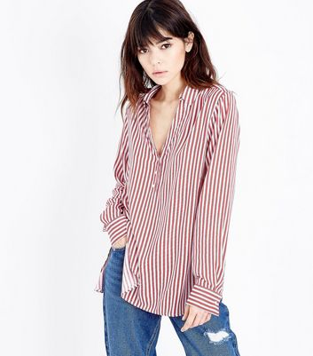 Red Stripe Step Hem Shirt