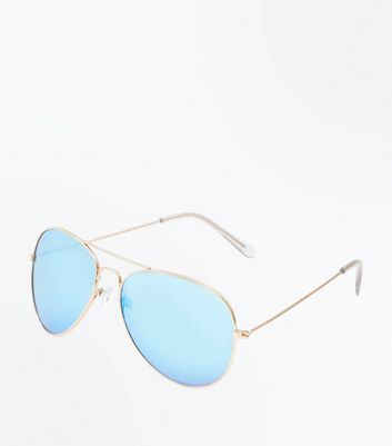Pale Blue Aviator Style Sunglasses