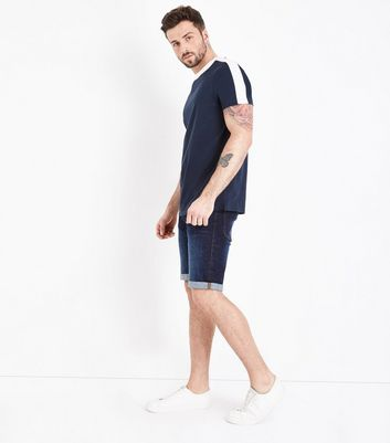 Short slim bleu marine à finition brute