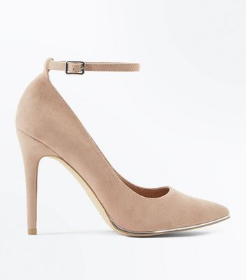 Wide Fit Nude Suedette Metal Trim Pointed Courts