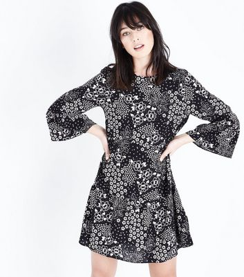 Black Multi Floral Bell Sleeve Smock Dress