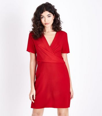 White Curved Hem Shirt Red Wrap Front Tunic Dress