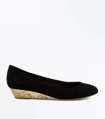 Black Comfort Suedette Round Toe Low Wedges