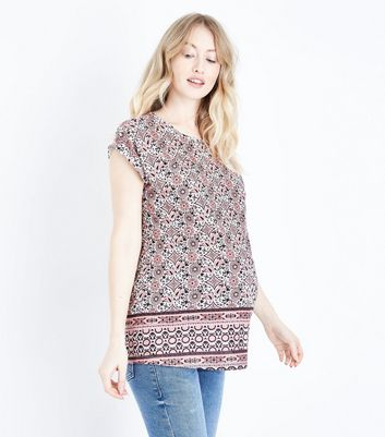 Maternity Red Paisley Roll Sleeve T-Shirt