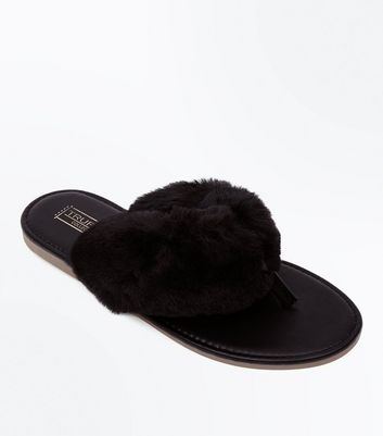 Black Faux Fur Strap Toe Post Sandals