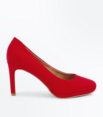 Red Comfort Suedette Round Toe Courts
