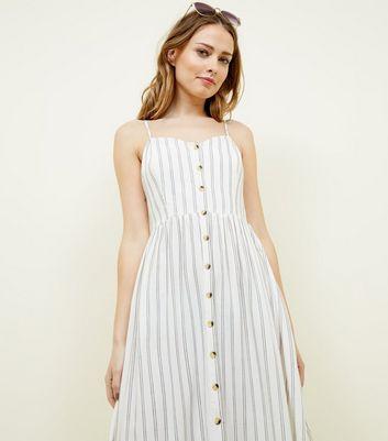 Robe Mi Longue Blanc Cassé à Rayures Et Boutons by New Look