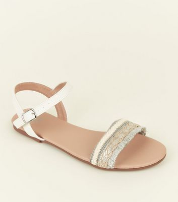 Girls White Woven Fringe Flat Sandals
