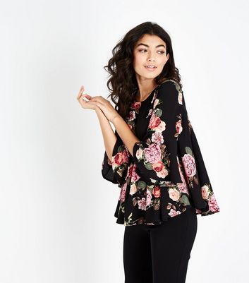 AX Paris Black Floral 3/4 Sleeve Top