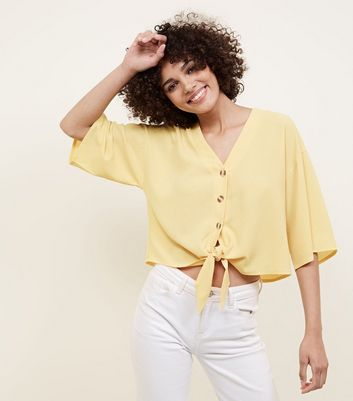 Cameo Rose Pale Yellow Button Tie Front Blouse