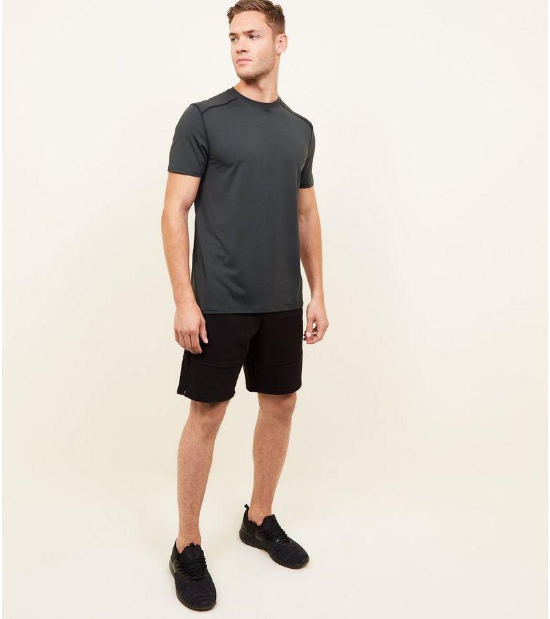 New Look - t-shirt mit stretch-anteil und sportivem flair - 2