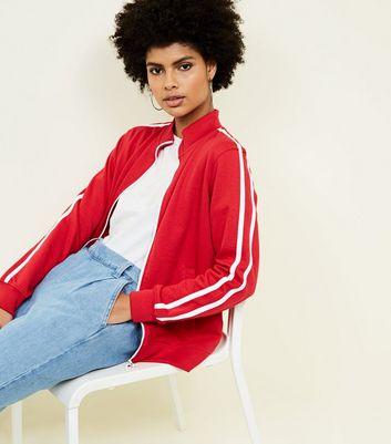 Sweat Rouge à Rayures Contrastantes Sur Les Manches Et Zip à L'avant by New Look