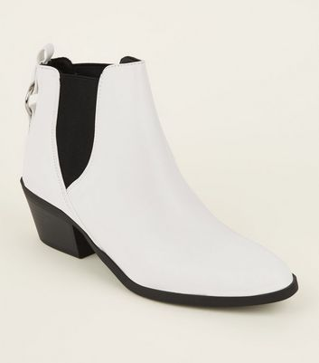 White Ring Back Western Chelsea Boots by New Look