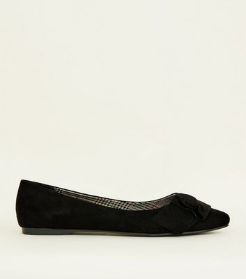 Wide Fit Black Suedette Knot Bow Pumps by New Look