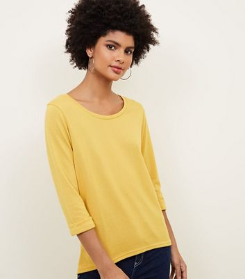 Yellow 3/4 Sleeve Fine Knit Top