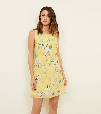 Cameo Rose Yellow Floral Mini Dress